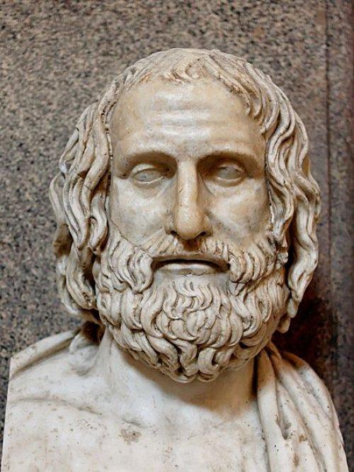 Cópia romana de um busto grego de Eurípedes produzido em 330 a.C. Museu do Vaticano.