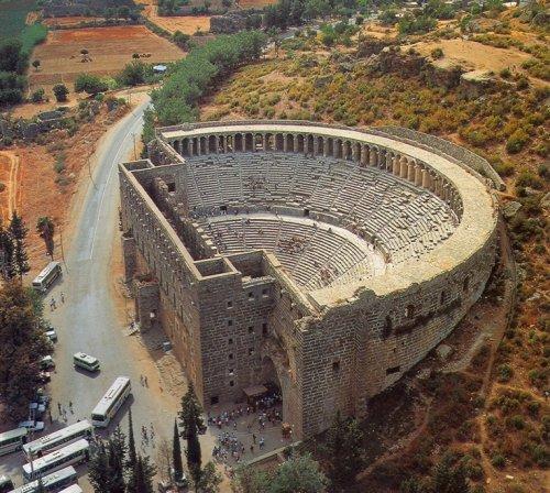 Teatro romano em Aspendos, Turquia.